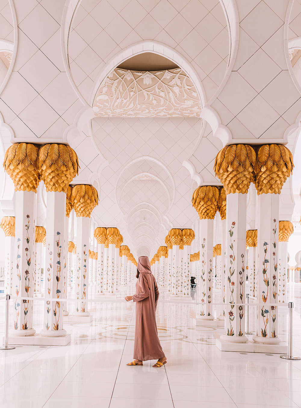 Where to visit in Abu Dhabi, What to see in Abu Dhabi, What to see for free in Abu Dhabi, Sheikh Zayed Grand Mosque, Instagram Places in Abu Dhabi